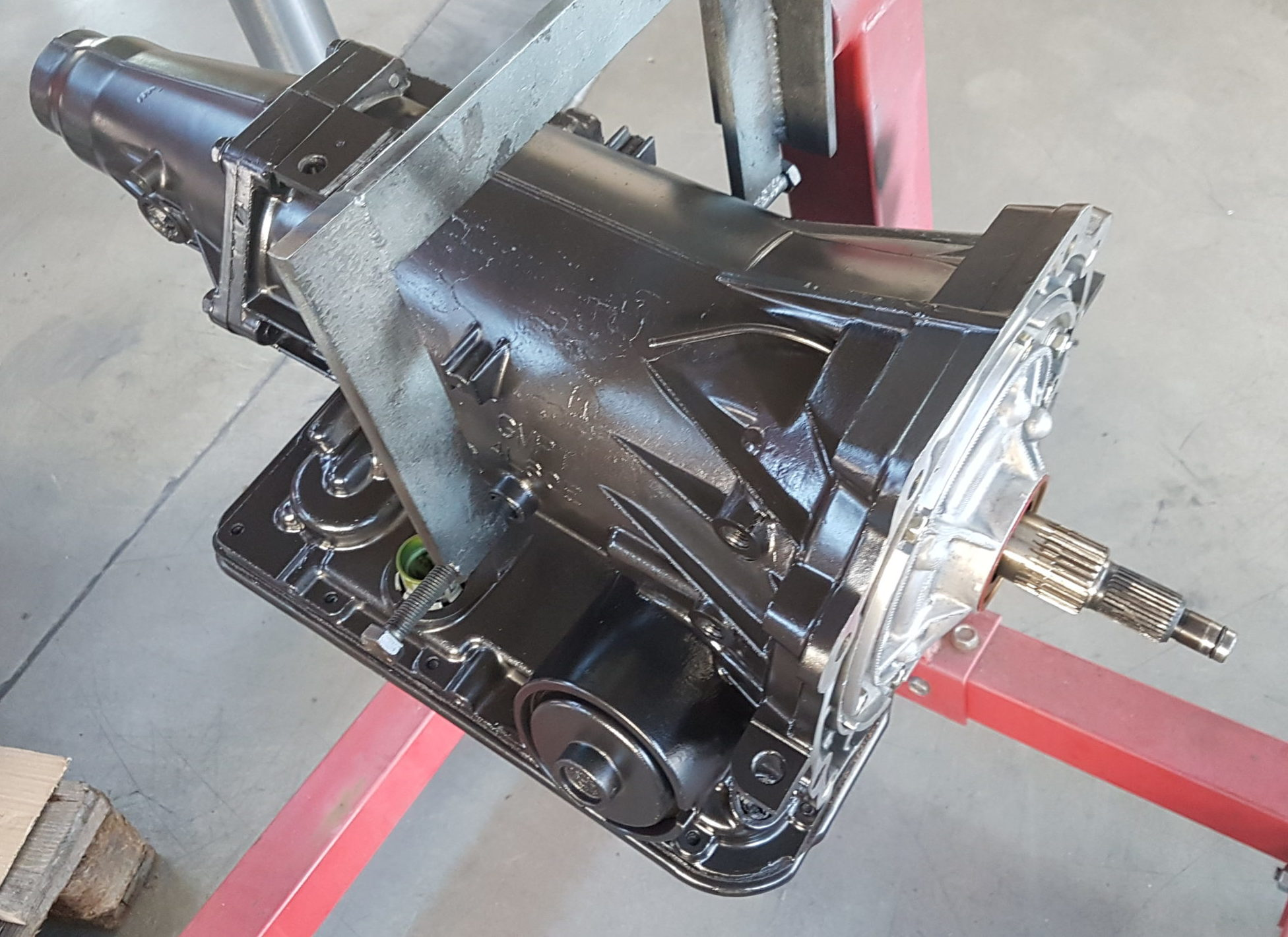 <p>Nachfolgend findet ihr eine Liste der häufigsten Getriebeprobleme vom GM 4L60E-Getriebe und mögliche Reparaturlösungen.</p>
